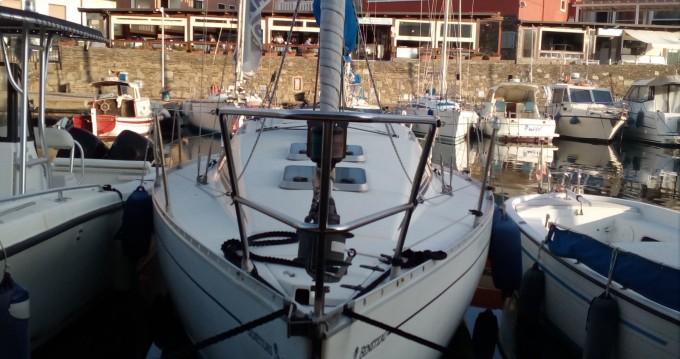 Alquiler de barcos Bénéteau First 285 enStintino en Samboat