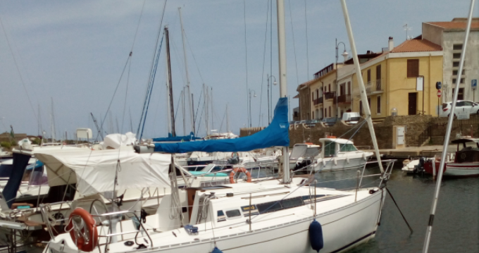 Alquiler de barcos Stintino barato de First 285