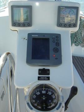 Alquiler de barcos Benicarló barato de Oceanis