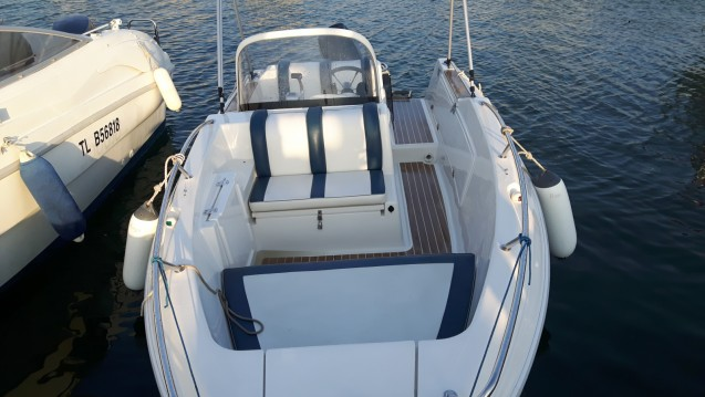 Alquiler de barcos Quicksilver Quicksilver 500 Commander enCogolin en Samboat