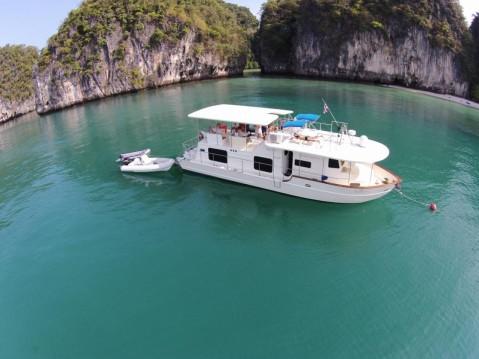 Alquiler de barcos Coastal Cruiser 52 ft enAmphoe Mueang Phuket en Samboat