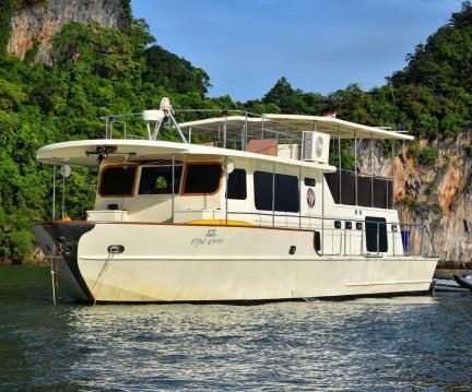Alquiler de Lancha, con o sin patrón Coastal Cruiser Amphoe Mueang Phuket