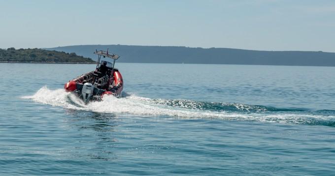 Alquiler Neumática en Trogir - Ris Marine RM 599 Special