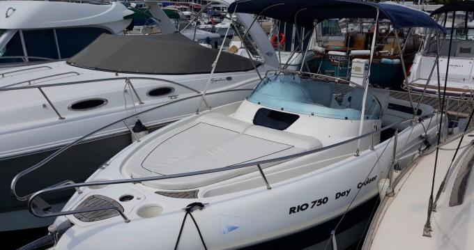 Alquiler de Rio Rio 750 Day Cruiser en Mandelieu-la-Napoule
