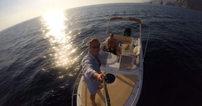 Alquiler de barcos Ranieri Sea Lady 23 enFurnari en Samboat