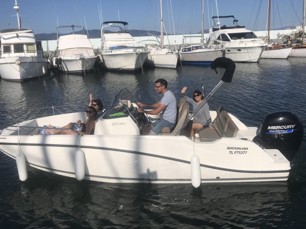 Alquiler de barcos Fréjus barato de Activ 605 Open