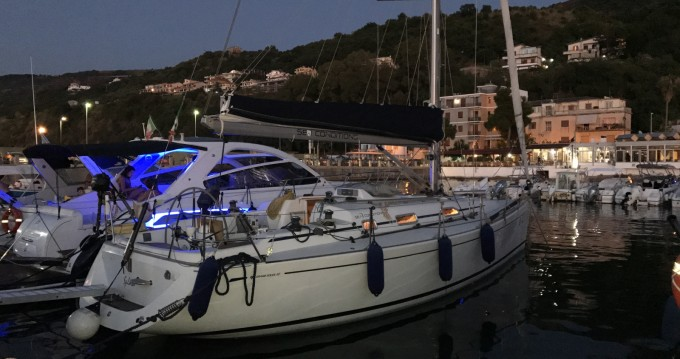 Alquiler de barcos Cantiere Del Pardo Grand Soleil 40 enVibo Valentia en Samboat