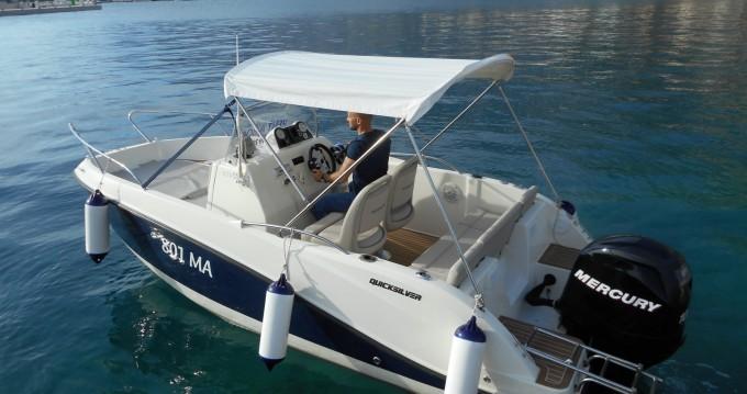 Alquiler de barcos Quicksilver Activ 555 Open enMakarska en Samboat