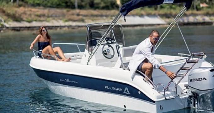 Alquiler Lancha Allegra Boats con título de navegación