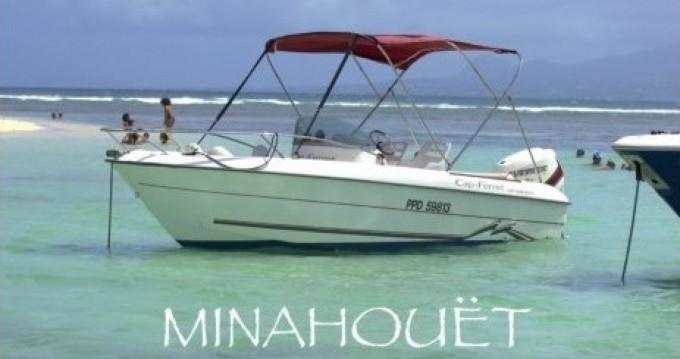 Alquiler de B2 Marine Cap Ferret 550 Sun Deck en Pointe-à-Pitre
