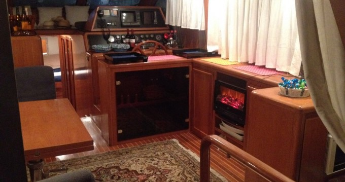 Alquiler de barcos Alghero barato de fly 50