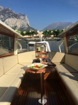 Alquiler de barcos Malgrate barato de taxi veneziano