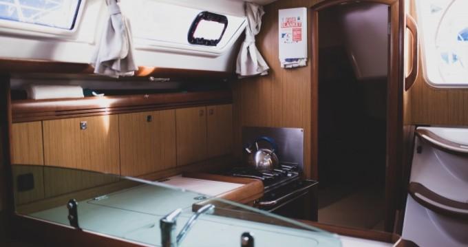 Alquiler de barcos Le Marin barato de Sun Odyssey 36i