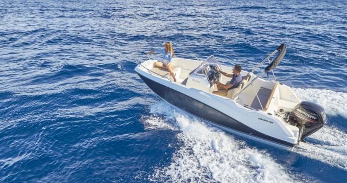 Alquiler de barcos Quicksilver Activ 555 Open enTrogir en Samboat
