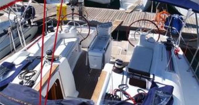 Alquiler de barcos Atenas barato de Sun Odyssey 439