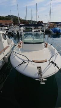 Alquiler de barcos Sessa Marine Key Largo 22 enSaint-Raphaël en Samboat