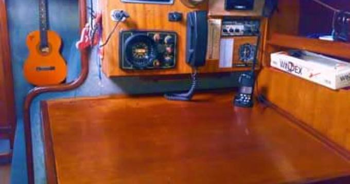 Alquiler de barcos Procida barato de Nelson 46
