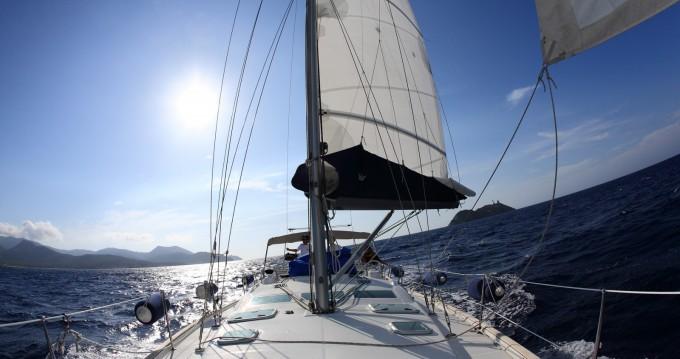 Alquiler de Bénéteau Oceanis 423 Clipper en Finale Ligure