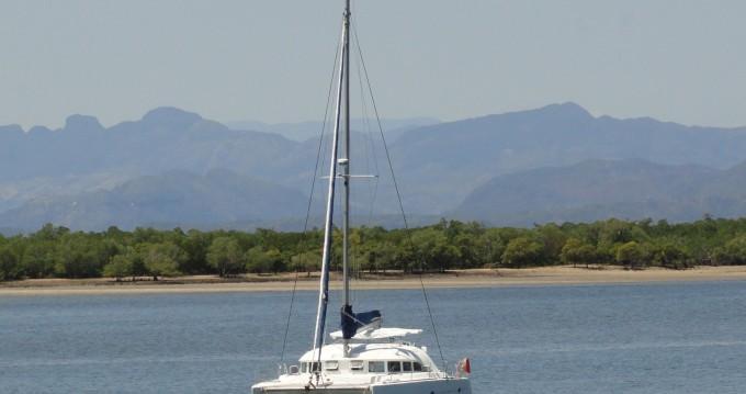 Alquiler de Catamarán, con o sin patrón Lagoon Madirokely