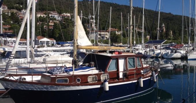 Alquiler de barcos Nauticat 33 enIčići en Samboat