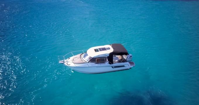 Alquiler de barcos Trogir barato de Merry Fisher 795