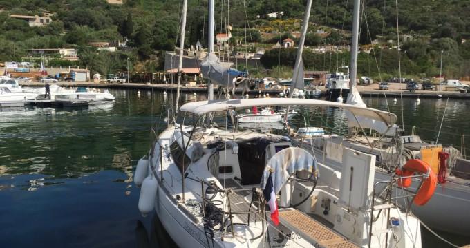 Alquiler de barcos Bénéteau Oceanis 31 enHyères en Samboat