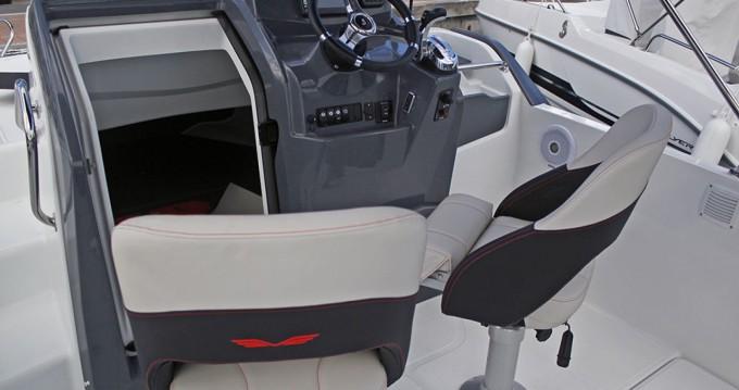 Bénéteau Flyer 6.6 SUNdeck entre particulares y profesional Port de Estartit