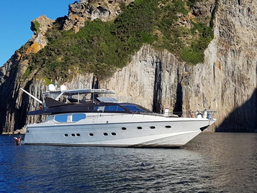 Alquiler de barcos Nápoles barato de Posillipo Technema  80