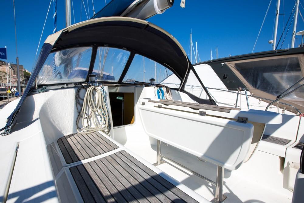 Alquiler de barcos Marsella barato de Oceanis 45