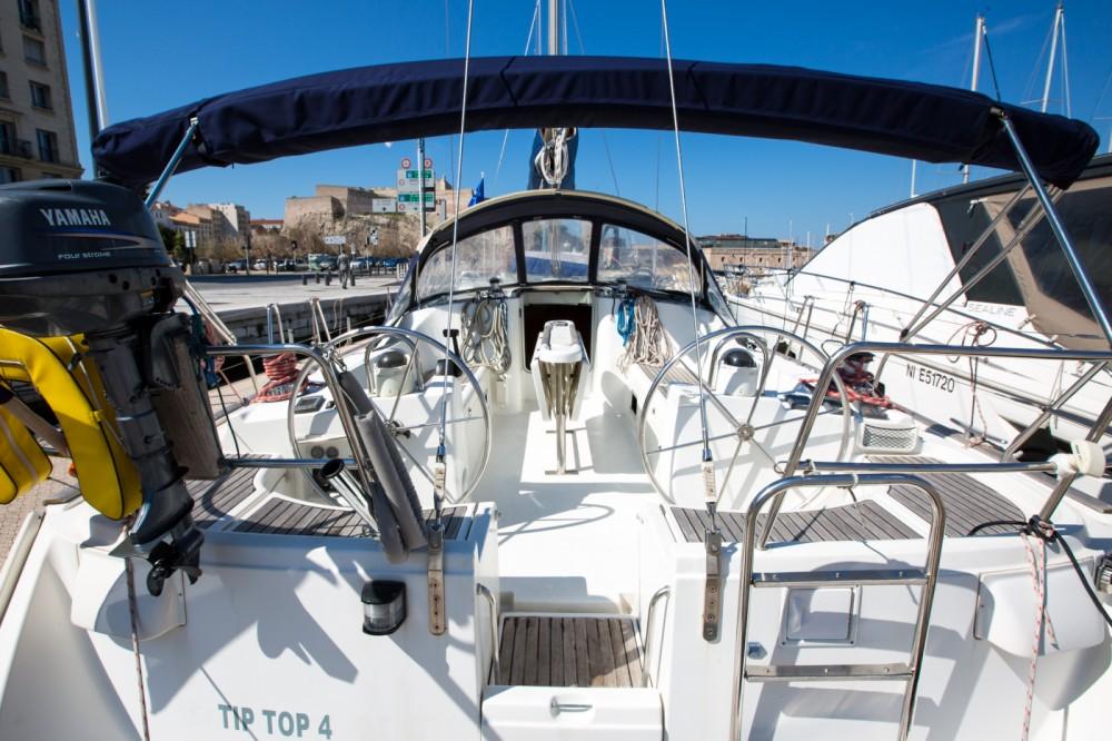 Alquiler Velero Bénéteau con título de navegación