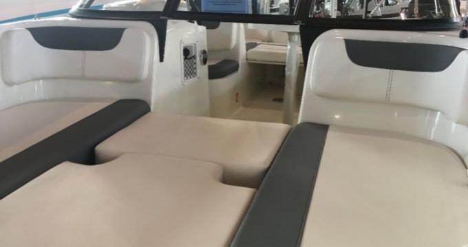 Alquiler de yate Annecy - Bayliner E6 en SamBoat