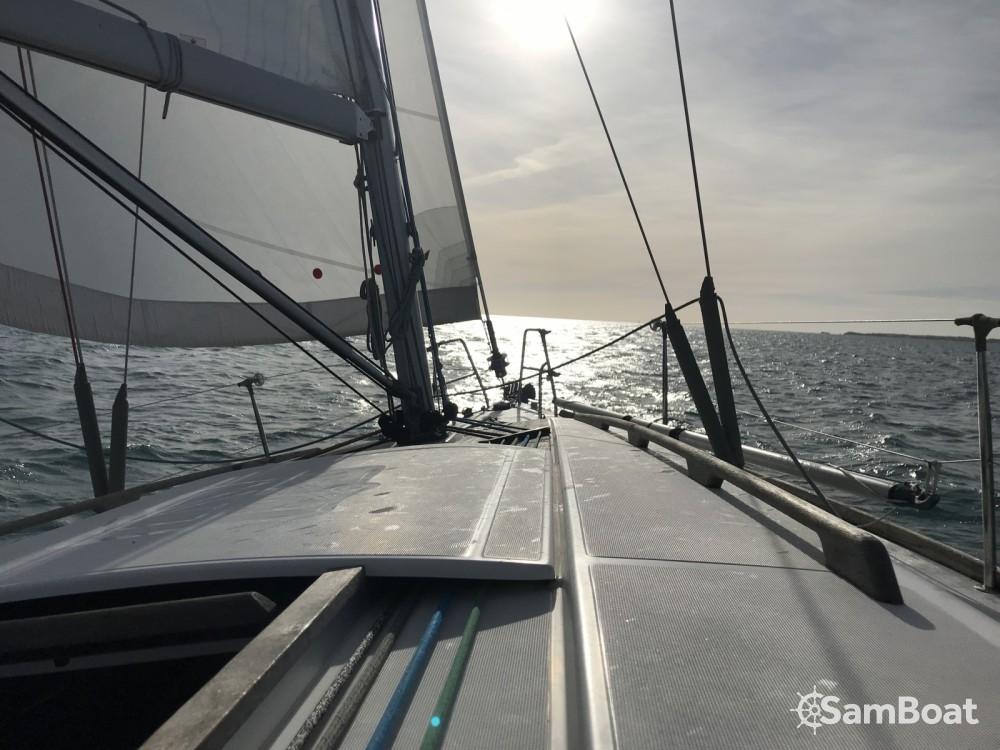 Alquiler de barcos Agde barato de Dufour 34 E Performance