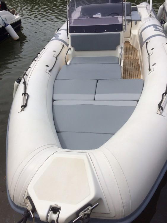Alquiler de barcos Joker Boat Clubman 26 enHyères en Samboat
