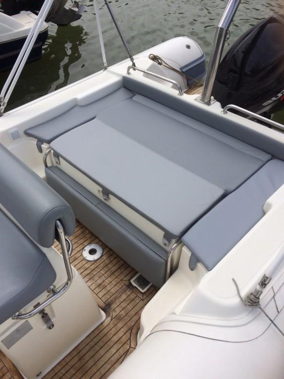 Alquiler de yate Hyères - Joker Boat Clubman 26 en SamBoat