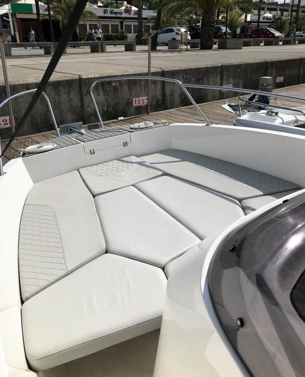 Alquiler de yate Barcelona - Karnic 2251 MKII en SamBoat