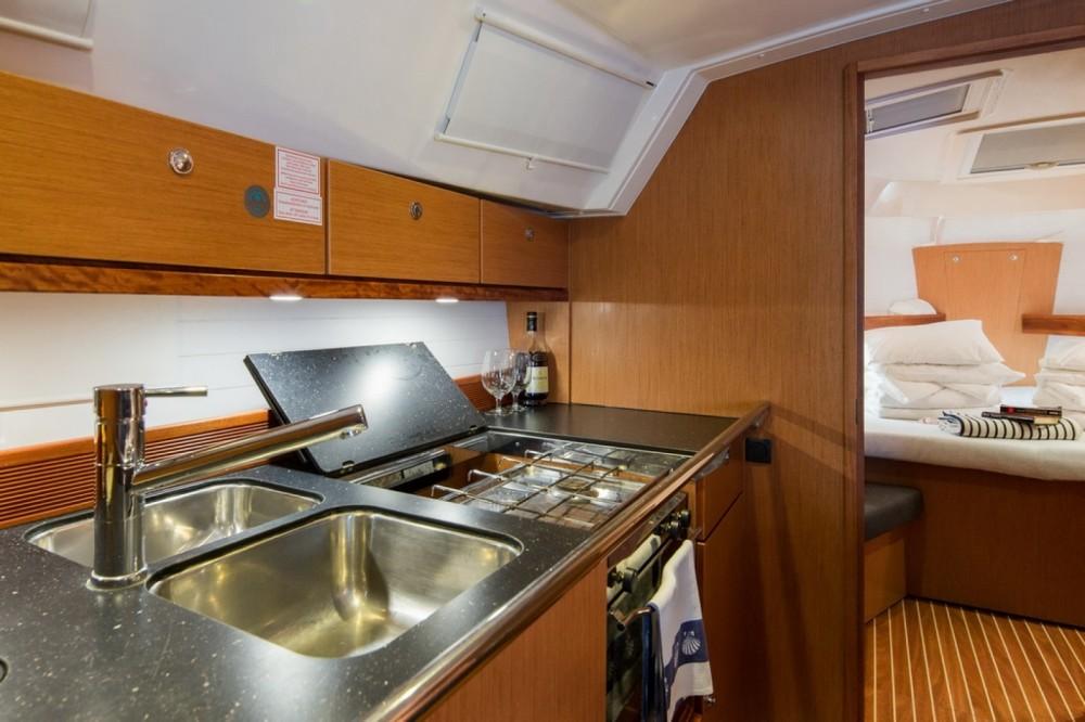 Alquiler de yate Barcelona - Bavaria Bavaria 40 Cruiser en SamBoat