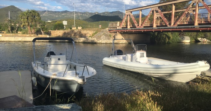 Alquiler de yate Saint-Florent - Nuova Jolly King 750 en SamBoat
