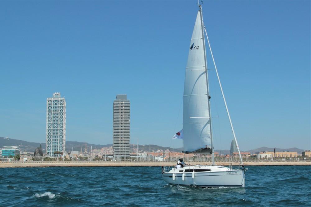 Alquiler de barcos Barcelona barato de BMB 34