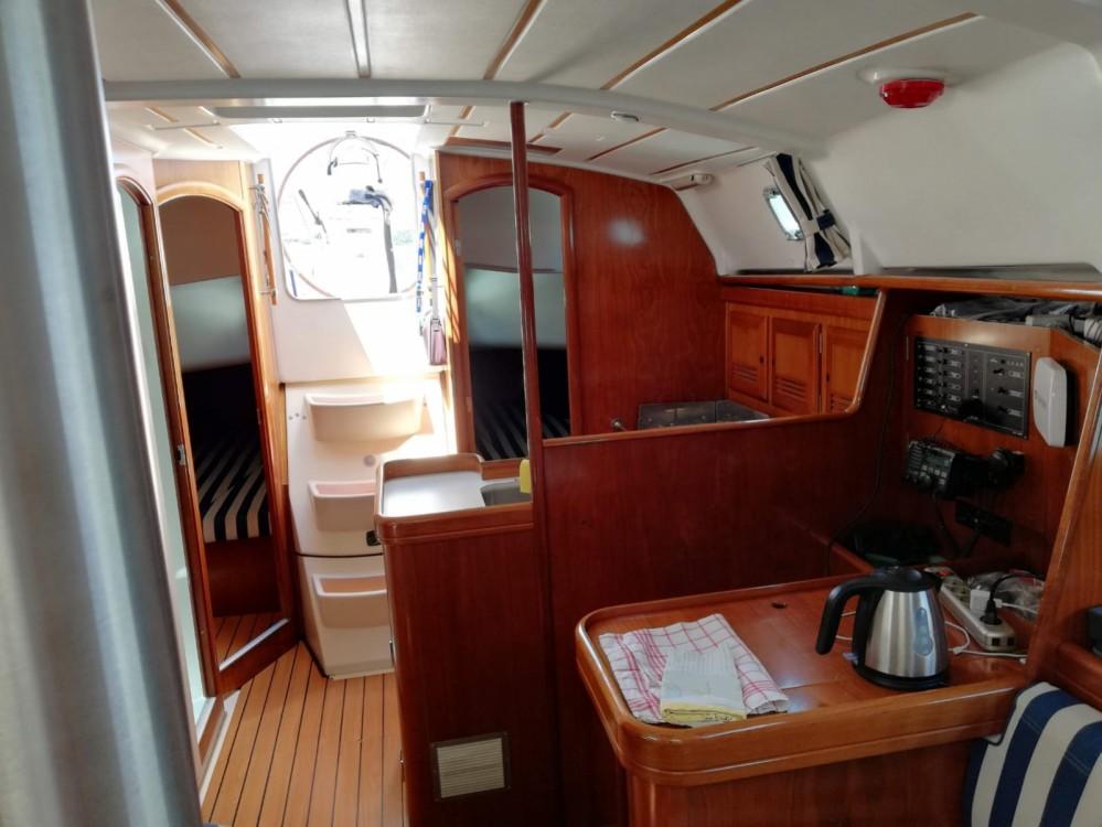 Alquiler de yate Pula - Bénéteau Oceanis 361 Clipper en SamBoat