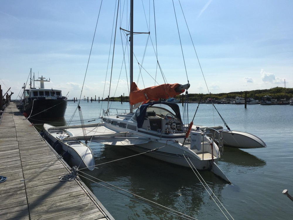 Alquiler Catamarán Quorning-Boat con título de navegación