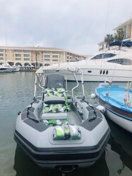 Alquiler de barcos Adventure VESTA 550 enFréjus en Samboat