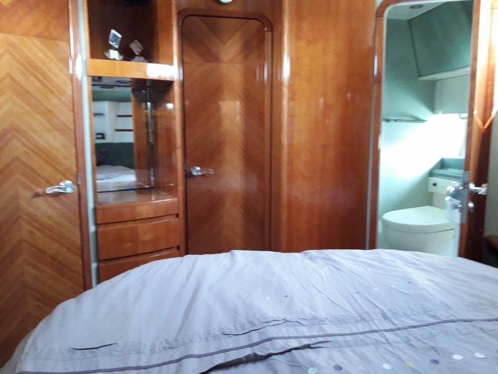 Alquiler de barcos Le Grau-du-Roi barato de Azimut 46