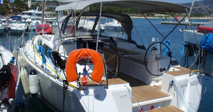 Alquiler de barcos Dufour Dufour 375 Grand Large enSaint-Cyprien en Samboat