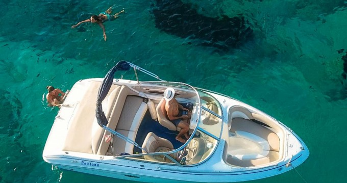 Alquiler Lancha Sea Ray con título de navegación