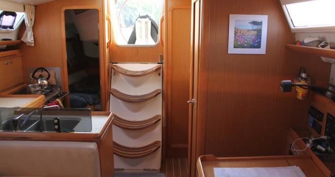 Alquiler de barcos Lorient barato de Sun Odyssey 36