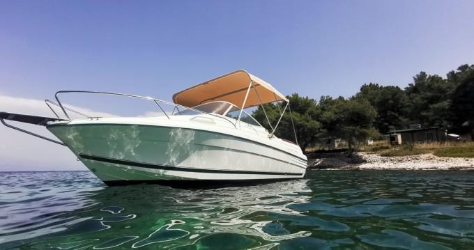 Alquiler de yate Split - Jeanneau Leader 605 Luxe en SamBoat