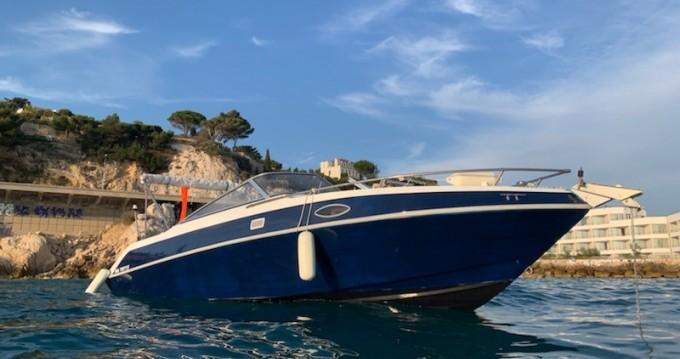 Alquiler de Four Winns Sundowner 205 en Marseille