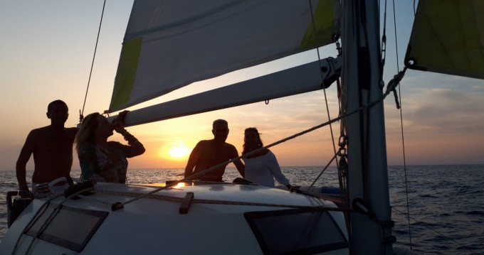 Alquiler Catamarán en Formentera - Fountaine Pajot Corneel 26