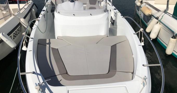 Alquiler de barcos Fornells barato de Cap Camarat 6.5 CC Style Serie 2