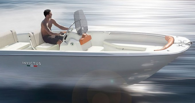 Alquiler de barcos Ciutadella barato de Invictus 190 FX